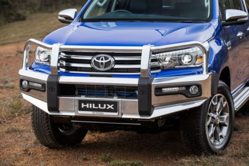 HiLux Genuine Accessories Bull Bar