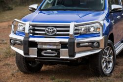 HiLux Genuine Accessories Bull Bar with Winch